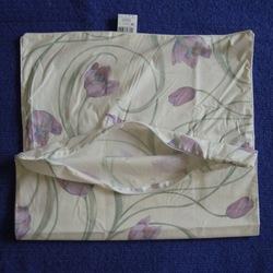 Наперник на подушку хлопок тик 50х70 кремовый Тюльпаны